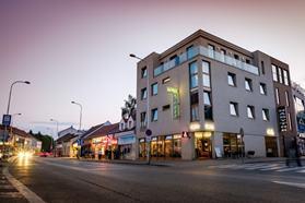 Hotel De LUXE Nitra